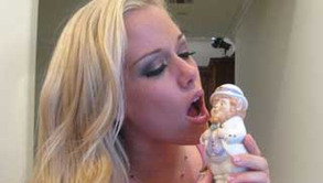 Kendra Wilkinson's Irish Kiss