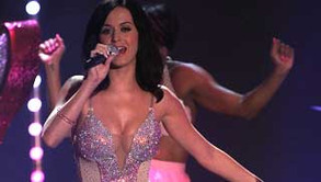 Katy Perry's Amazing Cleavage Catcher
